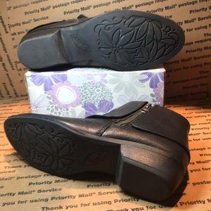 boc Shoes - BOC Black Leather Ankle Boots